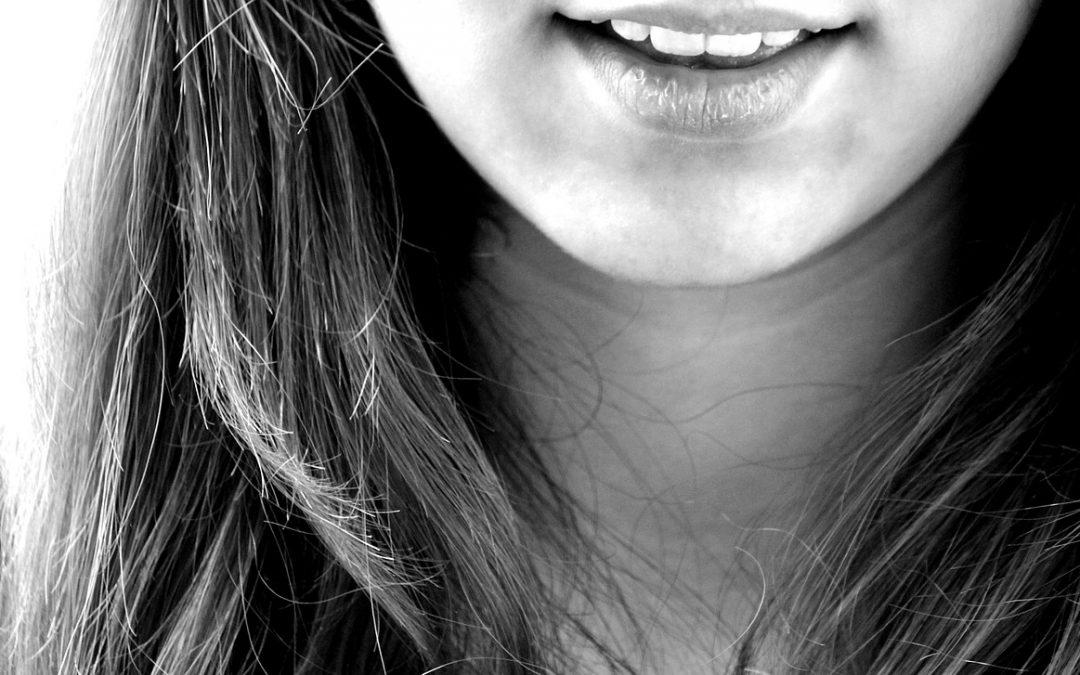 3 Playful Poses Guaranteed To Make You Smile
