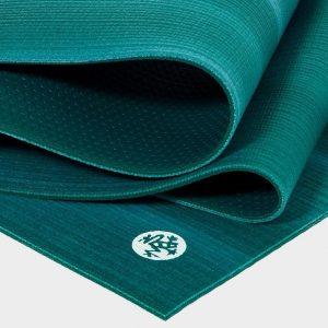 Manduka Prolite Yoga Mat | Cedar - Fold Detail