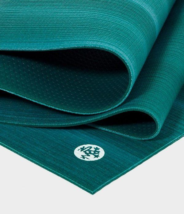 Manduka Prolite Yoga Mat   Cedar - Fold Detail