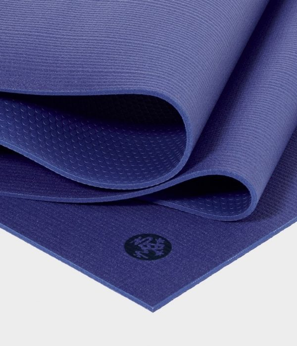 Manduka Prolite Yoga Mat | New Moon - Fold Detail