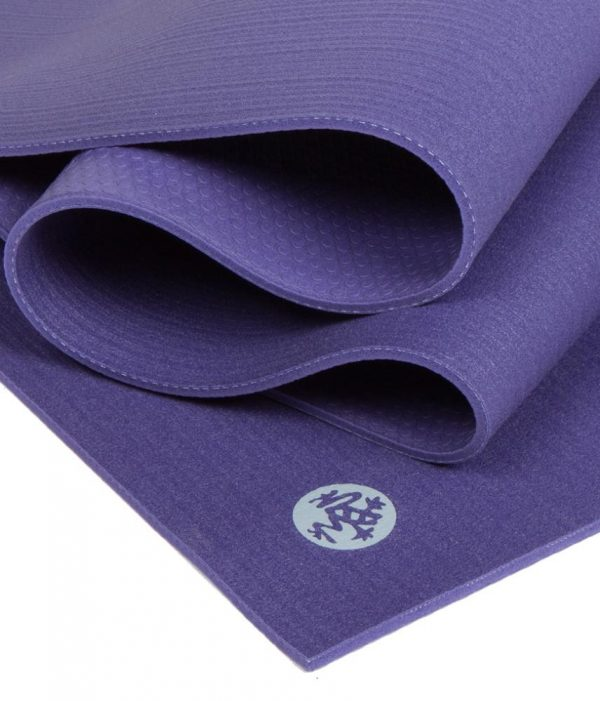 Manduka Prolite Yoga Mat | Purple - Fold Detail