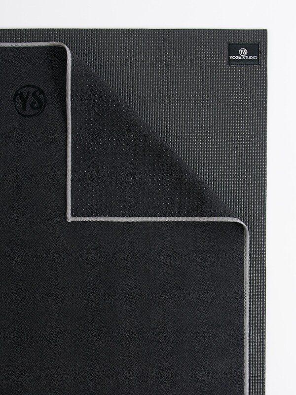 Premium Yoga Mat Grip Dot Towels | Black (Folded Corner)