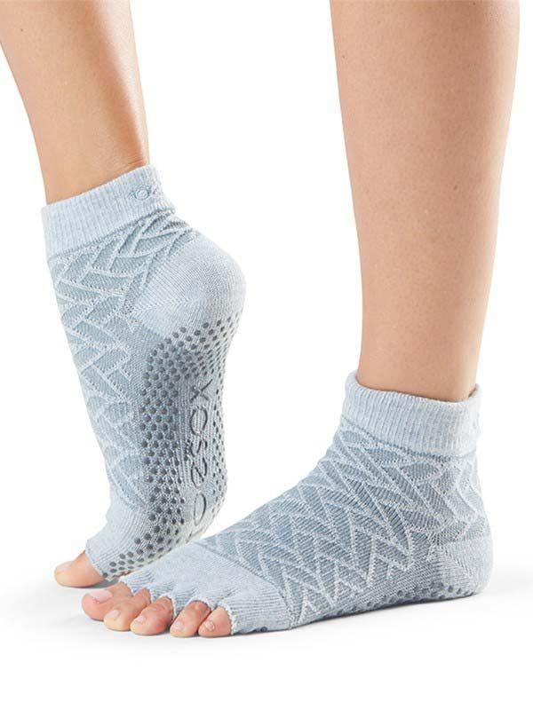 ToeSox Ankle Half Toe Yoga Socks | Frost
