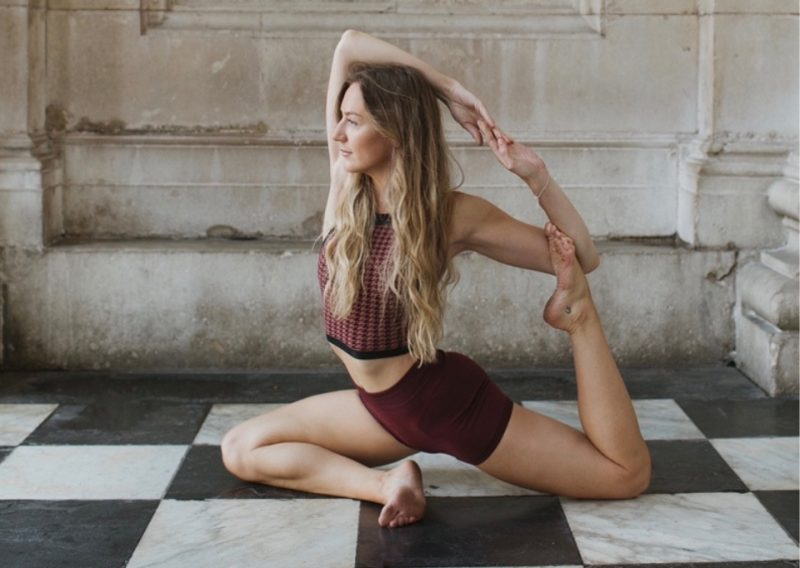 MoreYoga_Instructor_Natalie Simmonds-3